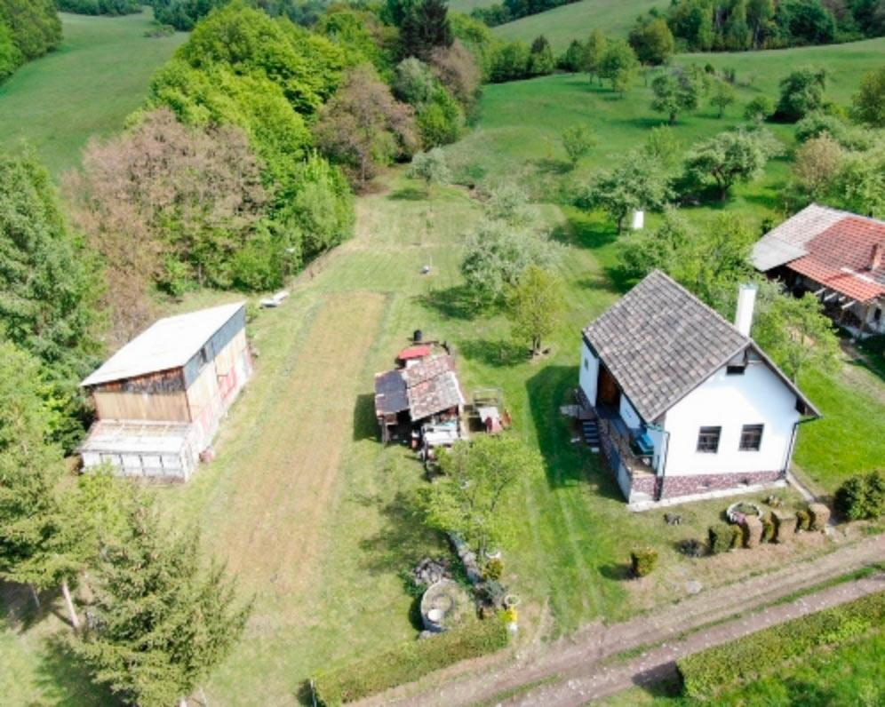 Rodinný dom na samote Jastrabá