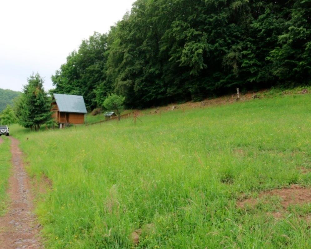 Stavebný pozemok Nová Baňa, časť Stará Huta